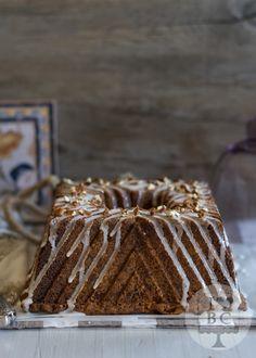 Apple Pecan Bundt Cake