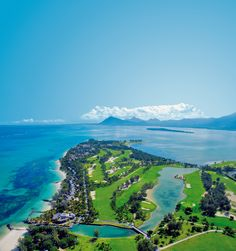 Paradis Golf Course from the air, what an amazing place to play golf!  You'll have to hit over the Indian Ocean on at least 5 of the holes!