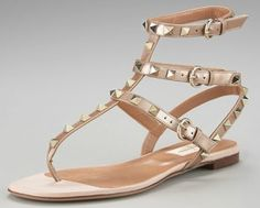 Valentino shoes – Read about the latest Valentino styles, watch photos of celebs in Valentino shoes, and find great deals on your Valentino shoes at the web's most popular shoe stores.