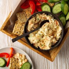Salmon Dip with Cream Cheese No Cook Appetizers, Appetizer Dips, Appetizer Recipes, Wedding Appetizers, Picnic Recipes, Picnic Ideas, Picnic Foods, Cream Cheese Dips, Cream Cheese Recipes