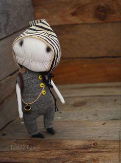 Купить Том - чёрно-белый, путешественник, для путешествий, карманная кукла, карманная игрушка, чердачные монстры
