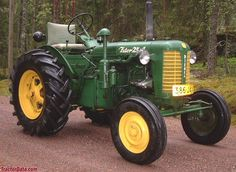 Replaced the Zetor and was produced in Agriculture Tractor, Farming, Tractor Photos, Maserati Car, Jaguar Xk120, Tractor Mower, Train Truck, Old Tractors, Vintage Farm