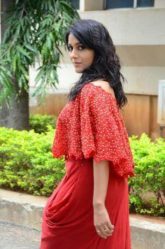 Stylish Girl Images, Tamil Actress Photos, South Indian Actress, Girls Image, India Beauty, Beautiful Actresses, Bollywood Actress, Indian Actresses, Desi