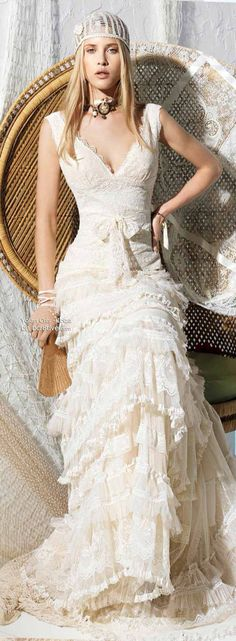Fantastic silk and lace Juliet Bridal Cap