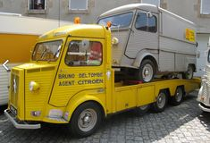 Citroen H and Citroen H Citroen Van, Citroen Type H, Psa Peugeot Citroen, Mini Trucks, Cool Trucks, Ford Ranger Truck, 4x4, Auto Retro, Bmw Classic Cars