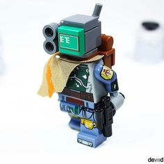 for the best stuff Cool micro builds by . … for the best stuff Cool micro builds by . Lego Moc, Robot Lego, Lego Custom Minifigures, Lego Minifigs, Instructions Lego, Lego Sculptures, Micro Lego, Lego Army, Amazing Lego Creations