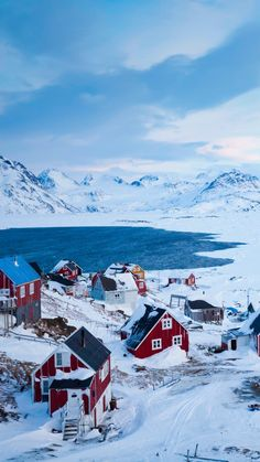 The world's largest island. Greenland is the largest island in the world. The island is cold all year round and is a typical cold climate. Beautiful World, Beautiful Places, Places To Travel, Places To Visit, Winter Szenen, All Inclusive Vacation Packages, Glacier, Fjord, Winter Pictures