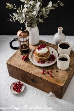 Low Carb Pancakes, Low Carb Bread, Low Carb Breakfast, Breakfast Ideas, Keto Bread, Breakfast Recipes, Waffle Maker Recipes, Pancake Calories, Sugar Free Maple Syrup