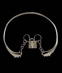 Laos | Torque worn by both White Hmong men and women; silver and enamel . ca early 20th century // ©Quai Branly Museum. 71.1932.41.240