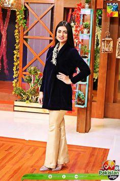 Shadi Dresses, Pakistani Formal Dresses, Pakistani Wedding Outfits, Kurta Designs, Blouse Designs, Velvet Dress Designs, Tulip Pants, Zardosi Work, Eastern Dresses