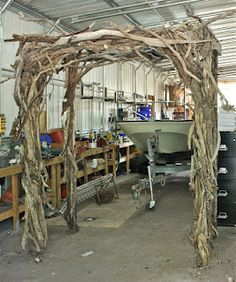 The Arbor Jeremy Taylor built for he and Felicia's wedding a couple of weeks ago... MAGNIFICENT!