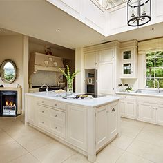 Bespoke classic kitchen by Woodstock Furniture