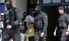 """الأمن الإسباني يعتقل """"ميسي الحشيش"""" المغربي الحاج عبد الله: أكدت السلطات الأمنية الإسبانية، أن عناصرها تمكنت الثلاثاء، من إيقاف المغربي…"""