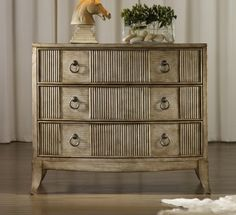 Mélange Latico Chest Hooker Furniture http://www.amazon.com/dp/B00E5M301A/ref=cm_sw_r_pi_dp_h405vb0YV17F8