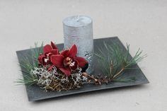 Love the simplicity of this winter center piece.