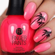 21 Cute & Stylish Summer Nails: #16. TROPICAL PALM TREE NAILS; #summer; #nails; #summerstyle; #manicure; #nailart; #nailpolish; #naildesigns