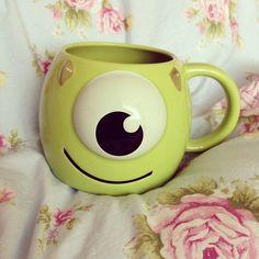 ♡ Disney monsters inc. mug Cute Coffee Mugs, Cool Mugs, Tea Mugs, Coffee Cups, Disney Tassen, Disney Cups, Cute Cups, Monsters Inc, Mug Cup