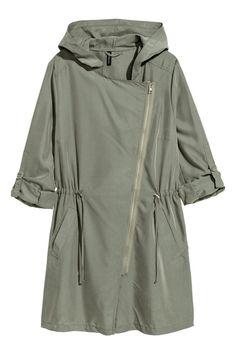 H&M Modal-blend Parka - Khaki green - Women Raincoats For Women, Jackets For Women, Parka Khaki, Anorak, Estilo Cool, Fashion Silhouette, Cold Weather Outfits, Down Parka, Khaki Green
