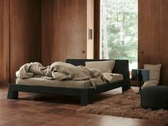 """""""Manhattan"""" bed by Ivano Redaelli Contract Furniture, Luxury Furniture, Bedroom Furniture, Furniture Design, Luxury Interior Design, Interior Architecture, Furniture Manufacturers, How To Make Bed, Furniture Collection"""