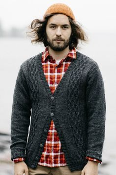 Free Knitting Pattern for a Men's Cabled Cardigan. Skill Level: Intermediate Stylish and warm free cardigan pattern for men with cable motif. Free Pattern More Patterns Like This! Christmas Knitting Patterns, Knitting Patterns Free, Free Knitting, Knit Patterns, Baby Knitting, Knit Cardigan Pattern, Cable Cardigan, Sweater Patterns, Mens Knitted Cardigan