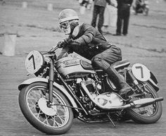 Mike Hailwood in the Thruxton 200 Mile Race in 1958.