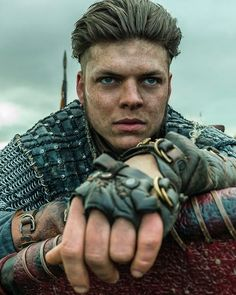 Ivar the Boneless – Vikings Rollo from season 3 Vikings played by George Blagden gods will always smile on brave women Lagertha Season 3 Official Picture –… GIFs That Prove Vikings Is the Sexiest Show… Vikings Tv Show, Watch Vikings, Vikings Season 5, Vikings Tv Series, Ragnar Lothbrok Sons, Ragnar Vikings, Ivar Vikings, Sons Of Ragnar, Images Viking