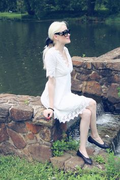 Teggy French: THE SWEETEST LITTLE EYELET DRESS