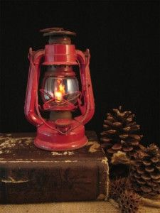 Upcycled Red Kersosene Lantern by BenclifDesigns on Etsy Old Lanterns, Vintage Lanterns, Red Cottage, Kerosene Lamp, Essential Oil Scents, Montage Photo, Outdoor Light Fixtures, Coffee And Books, Oil Lamps
