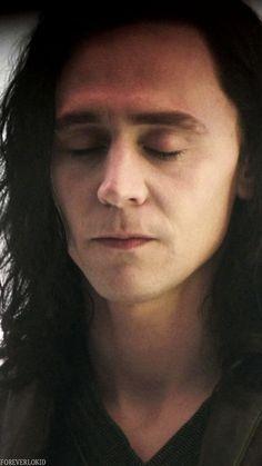 "Tom Hiddleston ""Loki"" ""Thor: The Dark World"" Loki Thor, Loki Laufeyson, Marvel Avengers, Frigga Thor, Loki Sad, Loki Funny, Thomas William Hiddleston, Tom Hiddleston Loki, Bucky Barnes"