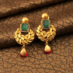 "Photo from Manubhai Jewellers ""Portfolio"" album Gold Jhumka Earrings, Gold Earrings Designs, Gold Jewellery Design, Stud Earrings, Earings Gold, Designer Jewellery, Green Earrings, Gemstone Earrings, Gold Rings Jewelry"