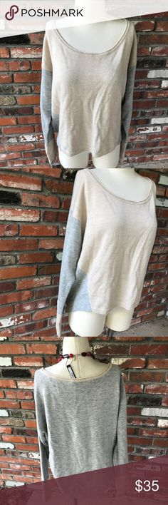 "Athleta scoop neck sweater Excellent condition!  Measures 21"" levels my front 26"" long in back and 23"" armpit to armpit approximately.  100% extra fine merino wool Athleta Sweaters Crew & Scoop Necks"