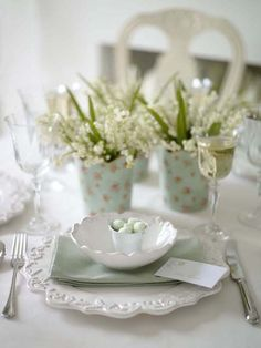 Easter setting - scalloped edge bowl/plate - lily of the valley