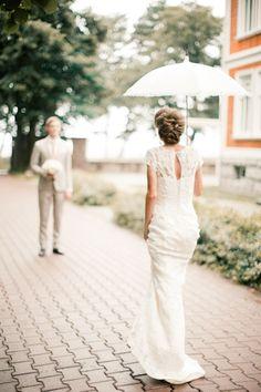 Rainy day wedding | Anastasiya Belik Photography | see more on: http://burnettsboards.com/2014/04/romantic-rainy-day-wedding-portraits/ #rainyday #firstlook #weddings