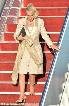 Prince Charles and Camilla land in US for four-day visit | Daily Mail Online
