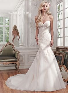 Large View of the Miranda Bridal Gown