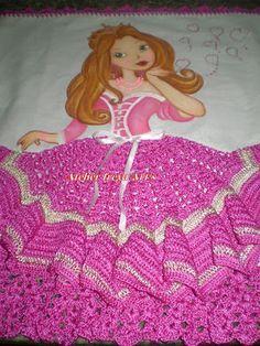 boneca rosa para pano de prato