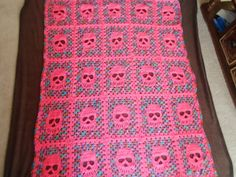 Skully Blanket Pink and Camo