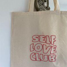 Sacs Tote Bags, Diy Tote Bag, Canvas Tote Bags, Diy Embroidery Shirt, Tods Bag, Summer Tote Bags, Cute Bags, Printed Bags, Purses And Bags