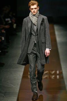 Grey Canali coat (Autumn-Winter 2010-2011). Later season Canali coats lose the pocket flaps. Shame.