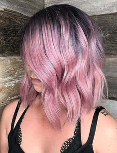 Browse this post to see a glorious list of pink hair colors to sport with various hair lengths in these days. You may also use shadow roots style with pink hair colors to make them look more attractive and cute. Here you can find easily some of the best styles of pink colors shades that you can create easily at home. Pastel Pink Hair, Hair Color Pink, Cool Hair Color, Pink Peach Hair, Light Purple Hair, Lavender Hair Colors, Pink Ombre Hair, New Hair Colors, Hair Stations