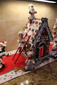 Designs by Pinky: My Kitchen Gingerbread Bar! Gingerbread Christmas Decor, Candy Land Christmas, Gingerbread Decorations, Christmas Tree Themes, Christmas Villages, Christmas Mood, Christmas Kitchen, All Things Christmas, Christmas Crafts