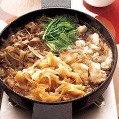 """【簡単レシピ】とりむね肉を使った""""すき焼き風""""鍋なら安くて低カロリー 画像(1/3) 甘辛しょうゆ味でご飯にピッタリ"""