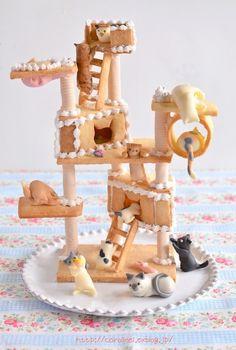 猫の日のクッキーキャットタワー、遅れてしまいましたけれど細かい部分の写真をアップしたいと思います(^_^)まずは、一番目立つ上に居るお方から。最上階に陣取...
