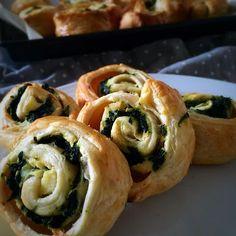 Eat.Love.Live: Spinach & Ricotta Pinwheel Recipe