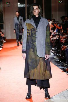 Yohji Yamamoto   Menswear - Autumn 2018   Look 24
