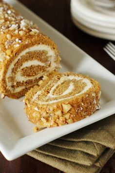 Classic Pumpkin Cake Roll with Cream Cheese Filling ~ step-by-step.   www.thekitchenismyplayground.com