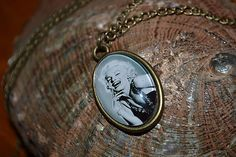 ivamurinova / Náhrdelník Marilyn Monroe Marilyn Monroe, Pocket Watch, Accessories, Pocket Watches, Marylin Monroe, Jewelry Accessories