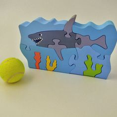 Shark puzzle Wooden Baby Toys, Wood Toys, Scroll Saw Patterns, Wood Patterns, Color Puzzle, Intarsia Patterns, Wooden Words, Animal Puzzle, Diy Gifts For Kids