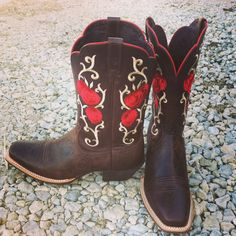 Cute boots I just bought!