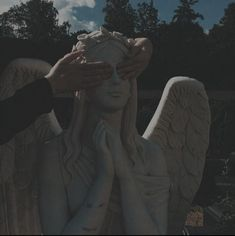 I tried to do my best, but you know that I'm not perfect. Angel Aesthetic, Aesthetic Grunge, Aesthetic Photo, Aesthetic Art, Aesthetic Pictures, Paradis Sombre, Images Esthétiques, Different Aesthetics, Slytherin Aesthetic